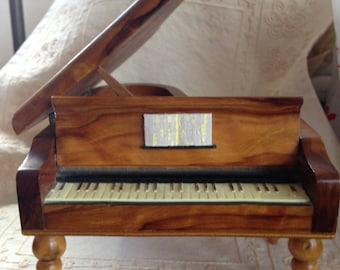 Vintage Reuge Swiss Piano Music Box, Reuge Piano Music Box, Vintage Piano Music Box, Reuge Music Box, Olive Wood Piano Music Box, Reuge