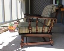 Ethan Allen arm chair-- Vintage 1945
