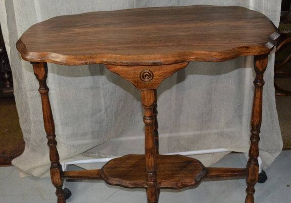 Foyer Table Oval : Antique walnut victorian parlor table accent oval