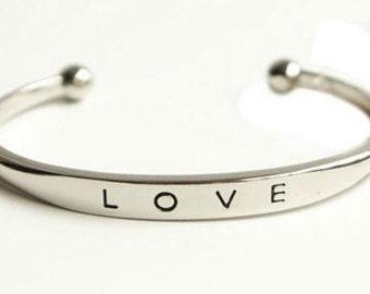 Bracelet - Silver LOVE Bangle