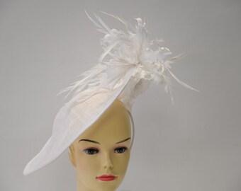 White Sinamay fascinator,Kate Middleton Fascinator,Kentucky Derby Fascinator,English Royal Hat,Wedding Hat,Formal Hat,Dressy Hat, Church Hat