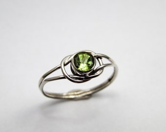 Peridot Love Knot Sterling Silver Ring
