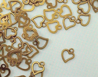 Heart Charms. 50 pcs Antique Bronze Tone Heart Pendant 10x8mm. Love Charm. Sweetheart Charm. Romance Charm. Valentine Charm. - (50 - 0067J)