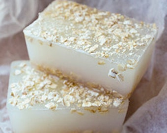 Vegan COLLOIDAL OATMEAL Soap - with Colloidal Silver & Organic Oat Milk (100g) - for Eczema Psoriasis and Dry Skin