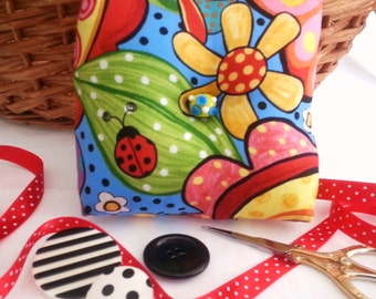 Colorful Pin Cushion, Lady Bug Pin Cushion, Bumble Bee Pin Cushion, Box Pin Cushion, Lady Bug Pincushion, Colorful Pincushion,Box Pincushion