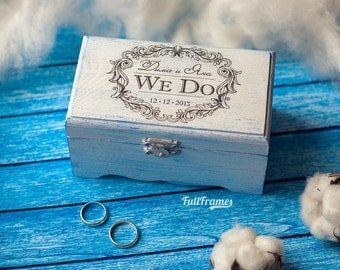 Wedding ring box in shabby chic style