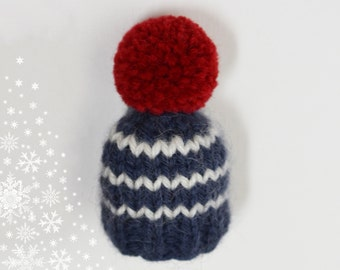 Pin mini knitted Hat hand marine style