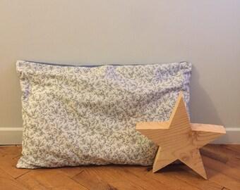 Cushion flower pipelette