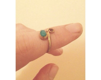 Beautiful midi ring