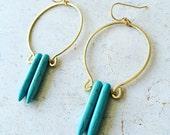 V I R I D I A N || turquoise spikes earrings, turquoise spears, howlite turquoise, horseshoe earrings, brass earrings, best selling items