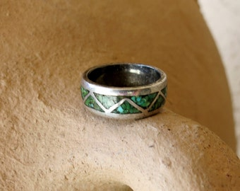 Silver Eternity Ring, Turquoise Inlay. Size 4 1/2, Sterling