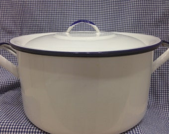 Vintage Enamelware Stock Pot with Blue Trim- White Enamelware Pot with Blue Trim