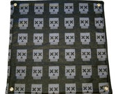 12 inch Pixel Skull Flat Hammock