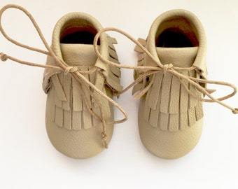 Size 4 Leather Boot Moccasins, Tan Moccs, Boot Moccasins, Baby Moccasins, Fringe Moccasins, Brown, Toddler Moccasins, Handmade Moccasins