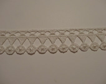 Mother of Pearl Venise Lace Trim