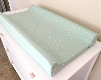 Mint and White triangle Changing Pad cover, mint nursery, baby changing pad mattress cover, nursery bedding, baby bedding, arrows cover