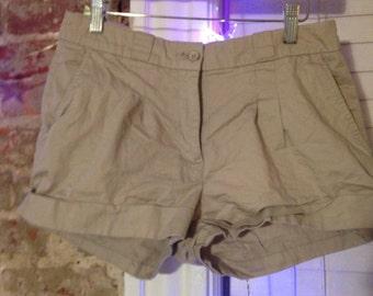 forever 21 low rise dark khaki shorts