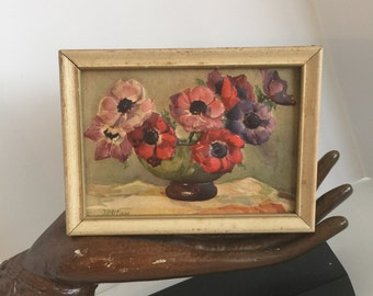 Small embossed floral picture, free shipping!