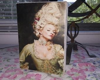 Marie Antoinette story block