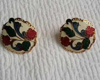 Wonderfull Vintage Gold Tone Enamel Floral Clip On Earrings. Green & Red Enamel Flower Earrings.