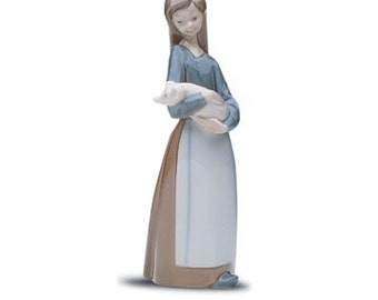 Lladro figurine - Girl with Pig