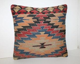 Kilim pillow / Tribal pillow / Tribal decor / Navajo pillow / Boho pillow / kilim pillow rug / Bohemian pillow / Vintage pillow