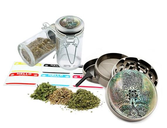"Hamsa - 2.5"" Zinc Alloy Grinder & 75ml Locking Top Glass Jar Combo Gift Set Item # G123114-0001"