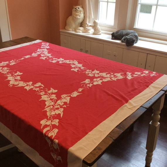 Vintage Red & White Linen Tablecloth 1960s (A471)