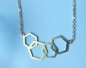Gargantillas hexagonos, gargantilla geométrica, gargantilla minimalista, collar geométrico, collar dorado, gargantilla geométrica