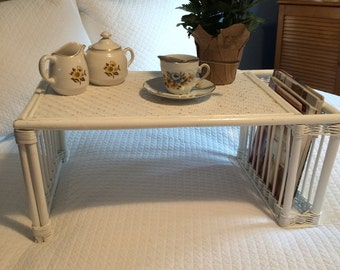 Vintage Shabby Chic White Wicker Breakfast-in-Bed Tray!