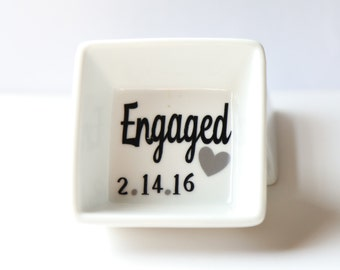 Engaged Ring dish/  Bridal Shower gift, Ring Holder, Free personalization included! Great Gift!