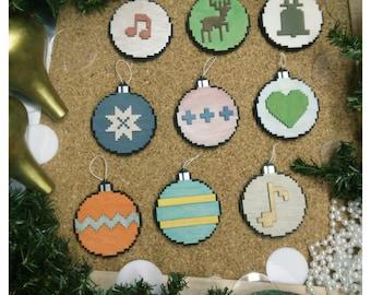 Christmas ball pixelated / Pixelated Christmas Ball
