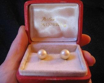 Earrings clip closure, Majorica pearls 60s/ Italy vintage / vintage jewel / vintage earrings / vintage pearl / bride /wedding/wedding pearls