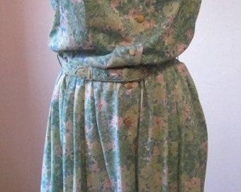 60s Vintage Dresses Clothing Day Dress 1960s Flowered Muted Pastels Pink Green Blue with belt