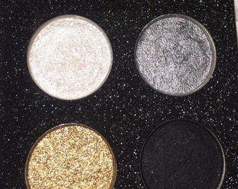 Smokey eye mineral, vegan eyeshadow palette with mirror