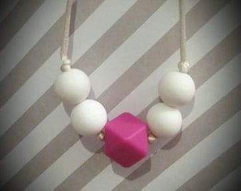 Cute and Simple Teething/Nursing Necklace