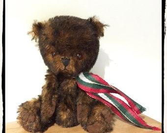 """Artist Handmade Bear.""""Barnaby"""""""