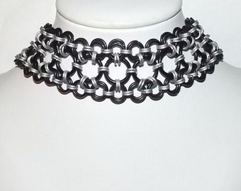 Black and Silver Maru Necklace/Choker, Chainmaille Necklace