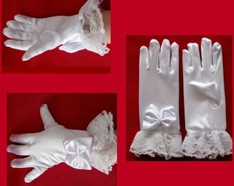 Kids white satin gloves girls white satin gloves children satin gloves wedding satin gloves flower girls gloves Baptism gloves 2 to 5 years