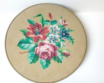 Vintage 1940s Guildcraft NY Floral Needlepoint Tin