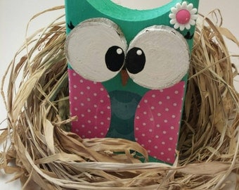 Wood Owl Green and Pink