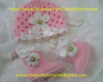 Baby girl hat and booties!