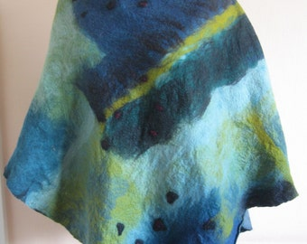 Womens nuno felted en and blue greponcho
