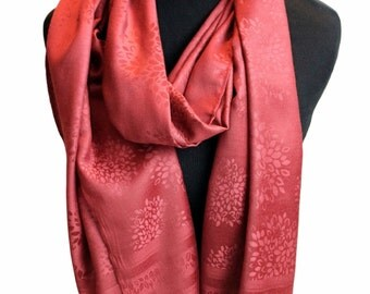 Maroon double sided scarf