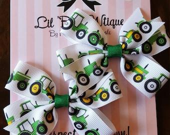 Pair of mini pinwheel bows prints