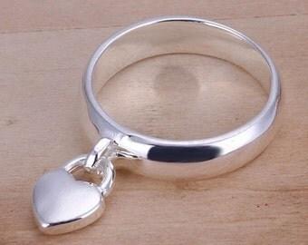 Heart lock ring