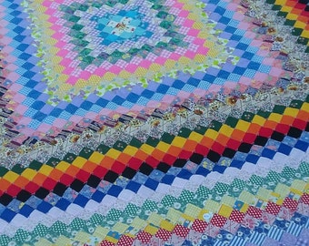 Vintage hand made quilt 84x76