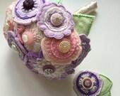 Vintage Button and Felt Wedding Bouquet / Button Bouquet / Wedding Flowers / Embroidery / Felt Flowers / Alternative Bride / Bridesmaid