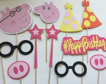 11-pack Peppa Pig Party Themed Photo Booth Props