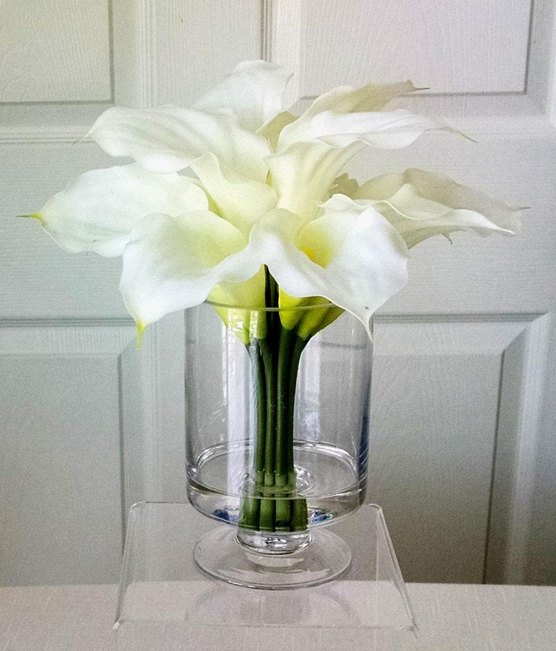 Silk Flowers in Home Decor-Silk Flowers Arrangement-Faux Floral-Artificial Flowers Arrangement- Fake flowers - Home Accessories